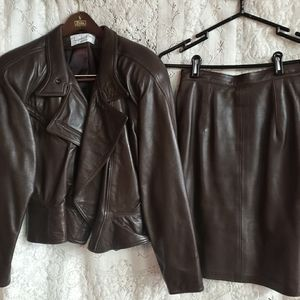 Michael Max 2 pc  leather